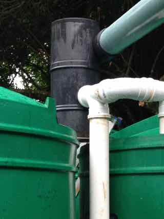 A primary rainwater filter installation